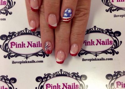 July-4th-Nails-640x640