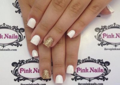 White-and-Gold-Nails-640x508